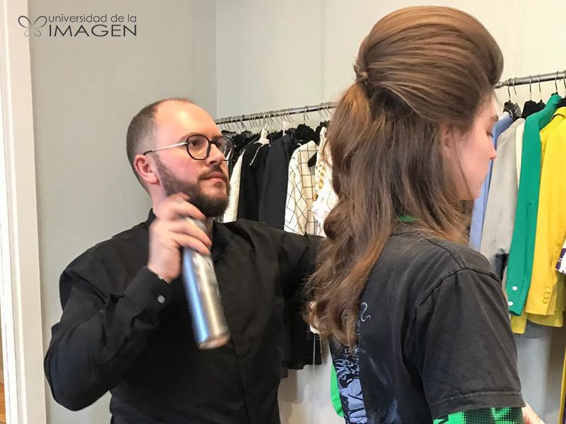Disfrutando de mi trabajo en la Mercedes Benz Fashion Week 2019 y…